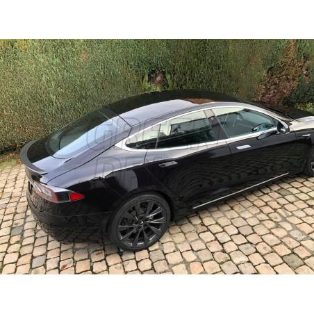 Rear spoiler - Tesla Model S