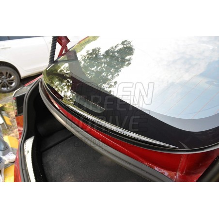 Spoiler retenue d'eau - Tesla Model 3