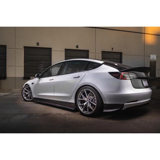 Maier EV carbon zijskirts uitbreiding voor Tesla Model 3