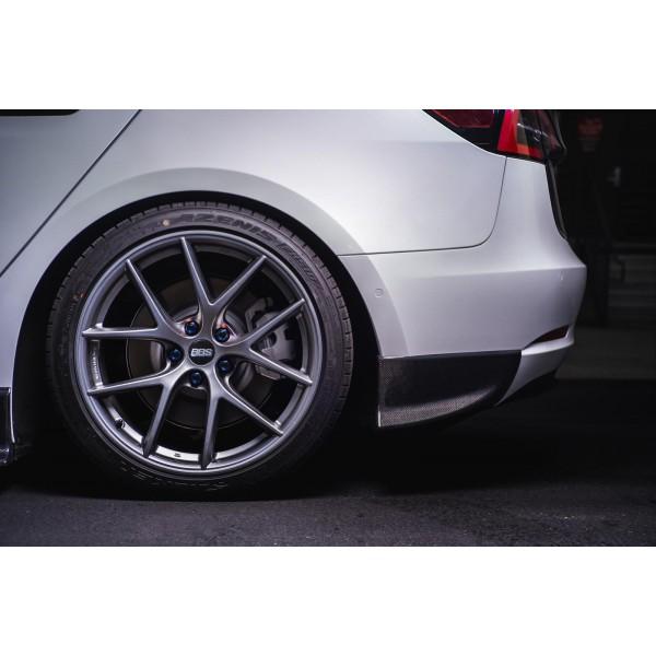 Extension des jupes latérales en carbone Maier EV pour Tesla Model 3