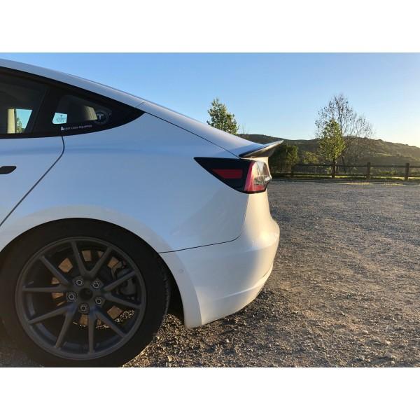 MAIER EV carbon rear spoiler for Tesla Model 3
