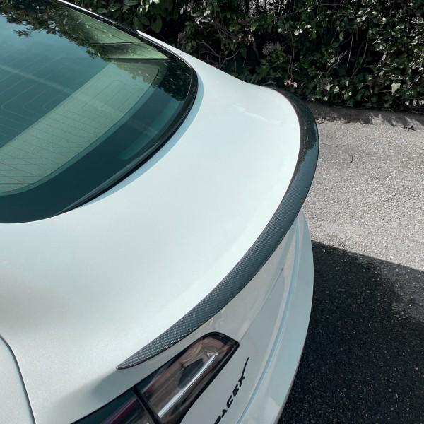Tesla Model 3 Spoiler type Performance
