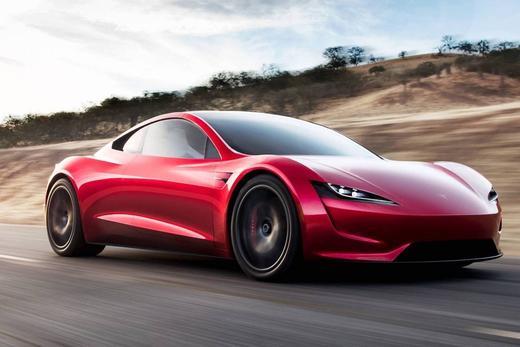 Elon Musk annonce et confirme les rumeurs : 1000 km d'autonomie pour le Roadster 2020