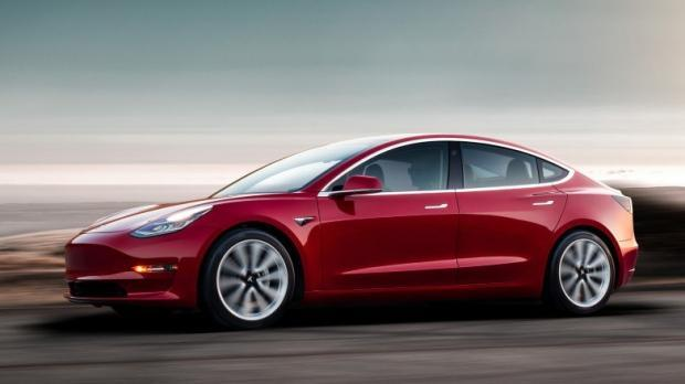 Une Tesla Model 3 avec 150 Km d'autonomie … Au Canada
