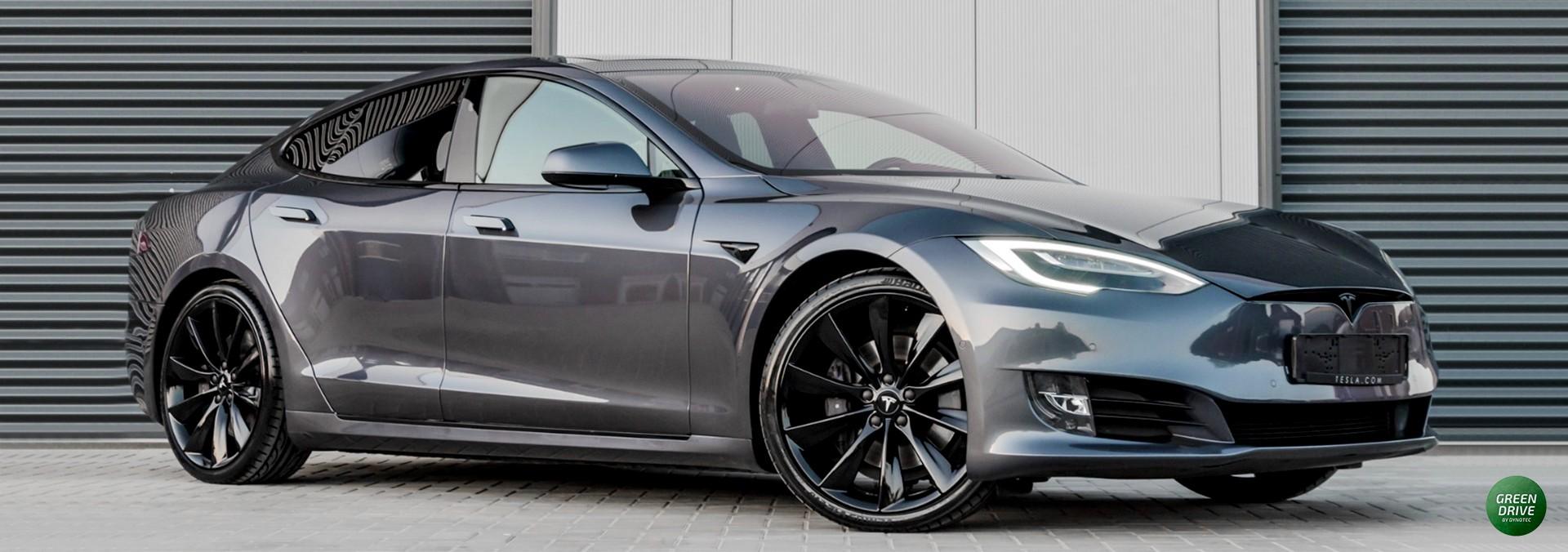 Model S chrome delete